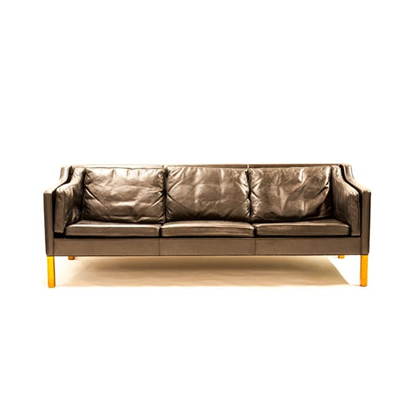 Free standing three seated sofa. Model 2213